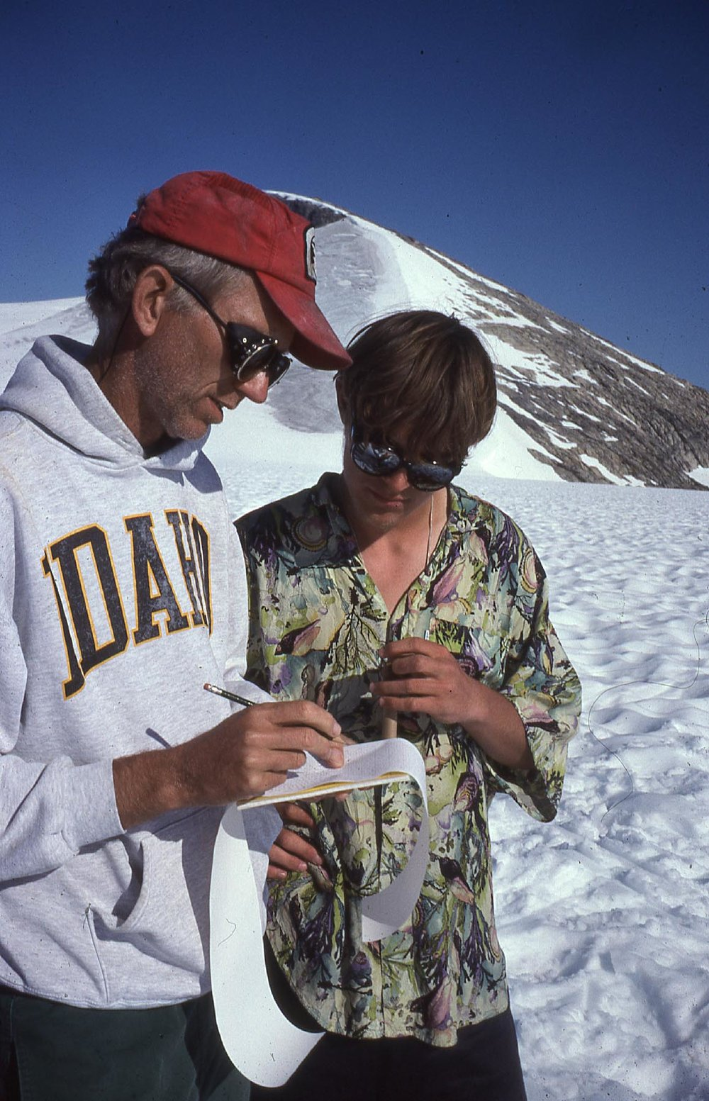 Dr. Ken Sprenke mentors a young  Francis Macdonald . JIRP 1997. Photo: M. Miller Collection.
