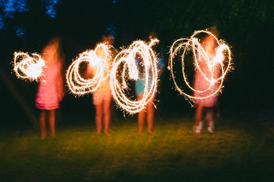 10 on 10 august sparkler 010.jpg