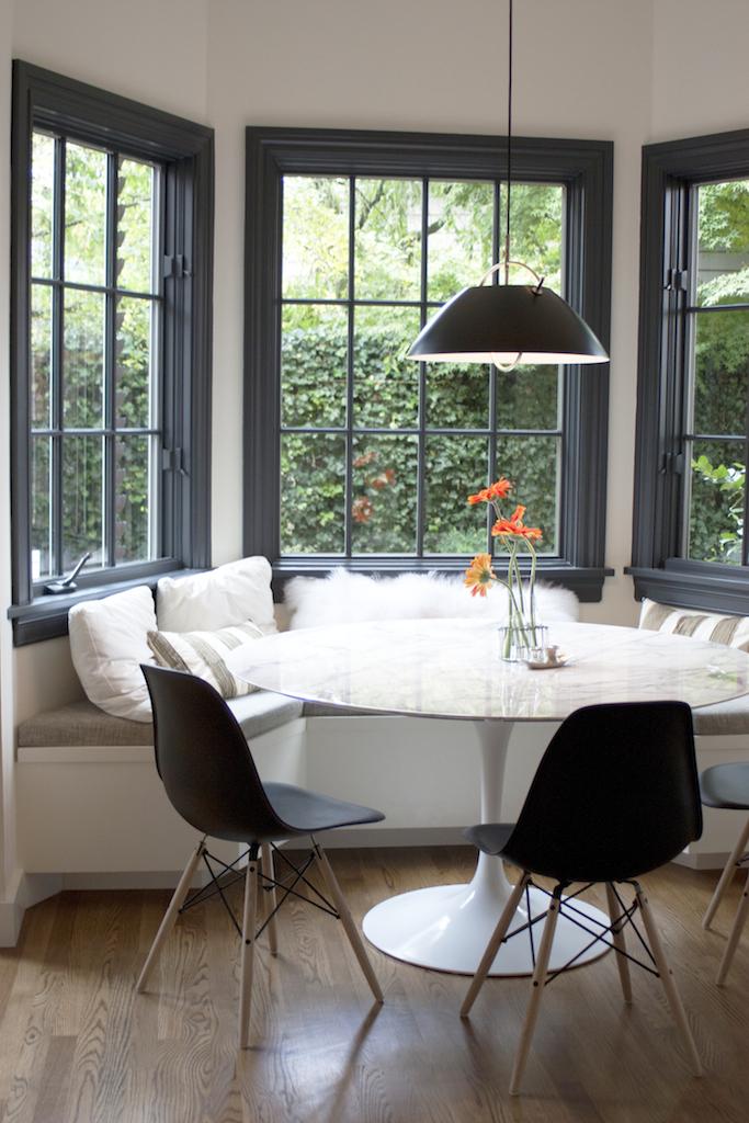 Black and White Modern Kitchen Nook
