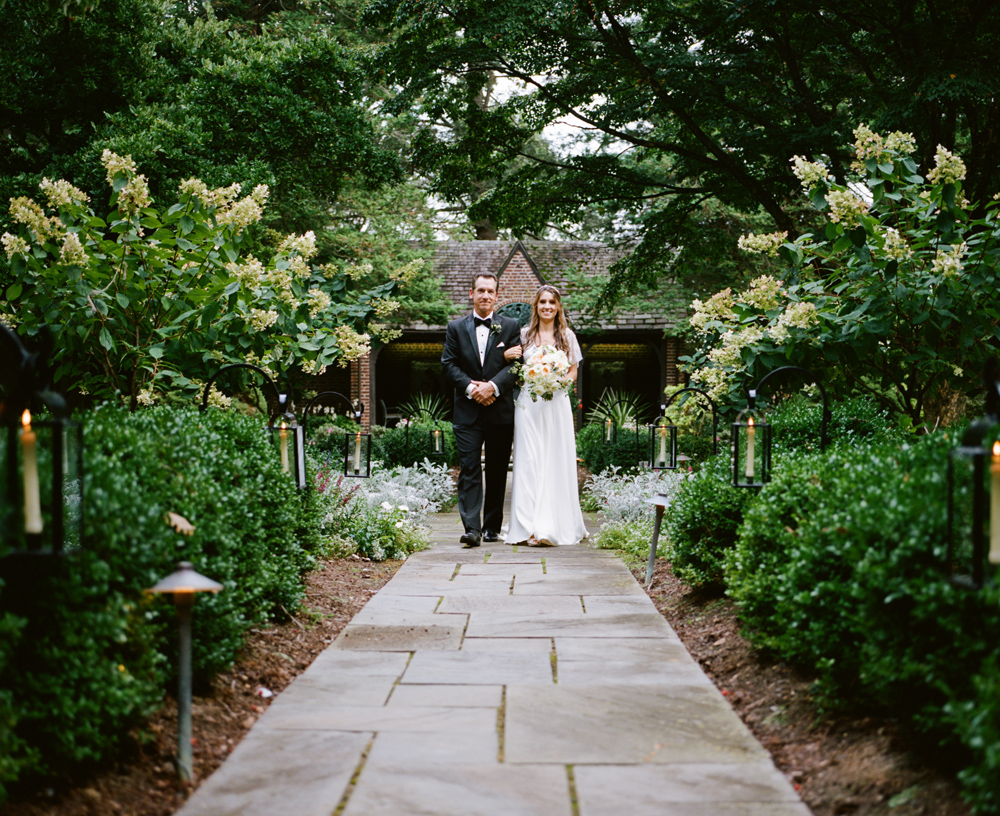greenville-country-club-wedding-ash-imagery-13.jpg