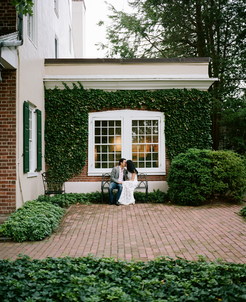Longwood Gardens Engagement Session-1013.jpg