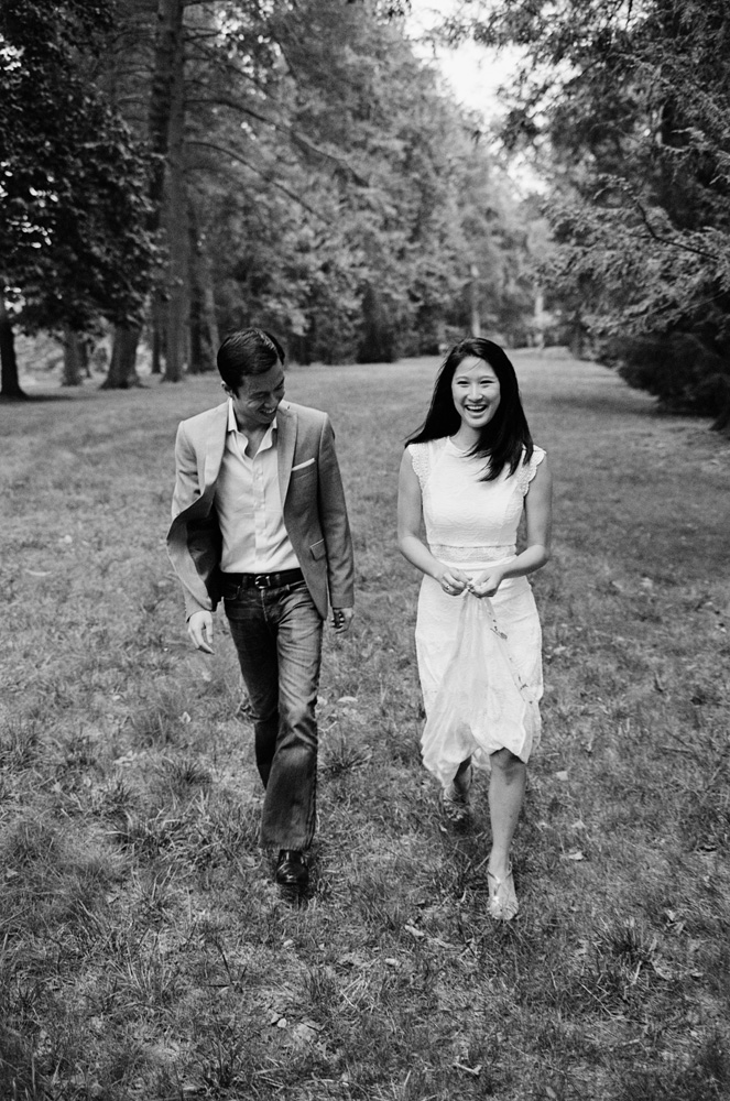 Longwood Gardens Engagement Session-1012.jpg