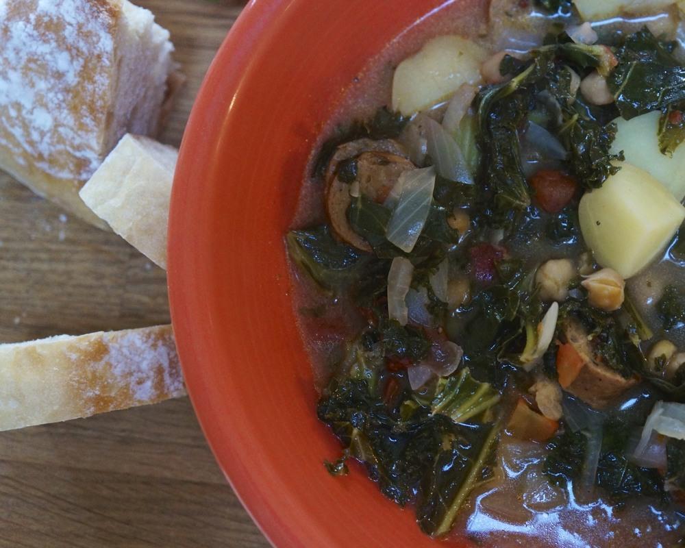 portuguese kale and bean soup