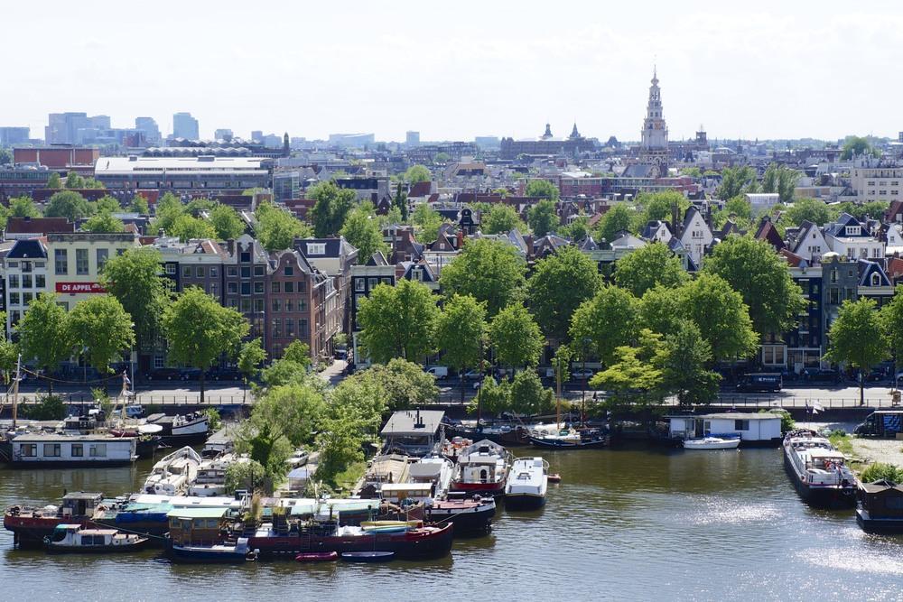 Amsterdam via sarahdigrazia.com