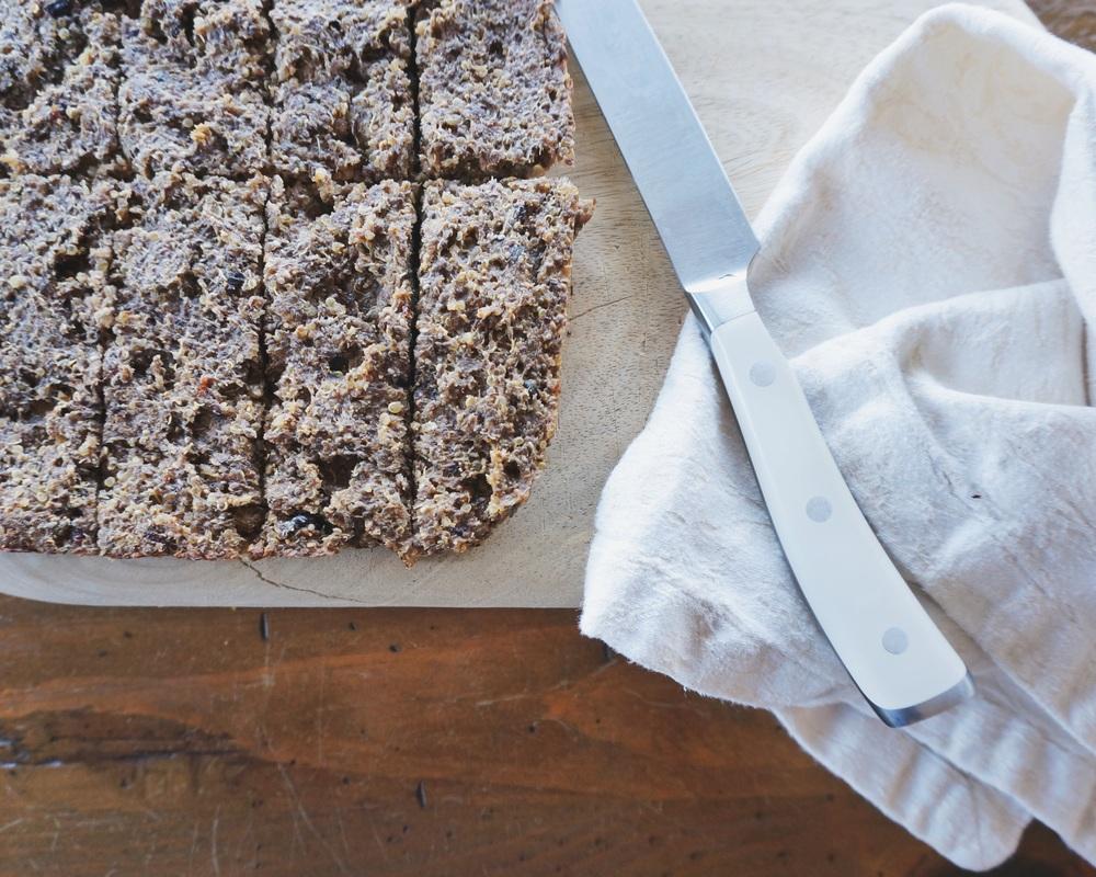 vegan, gluten free quinoa protein bars