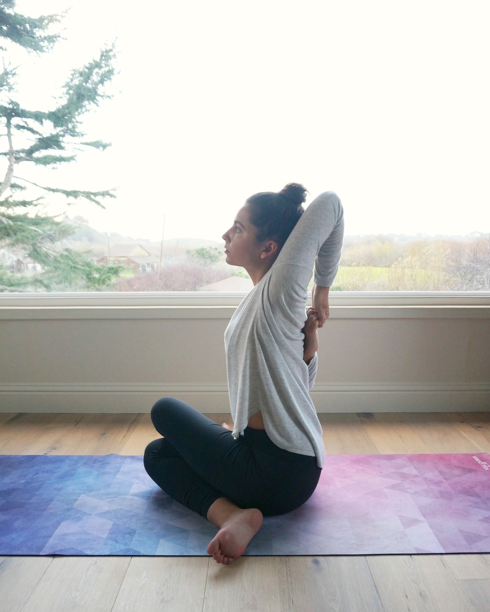 our top 5 low/no cost online yoga classes