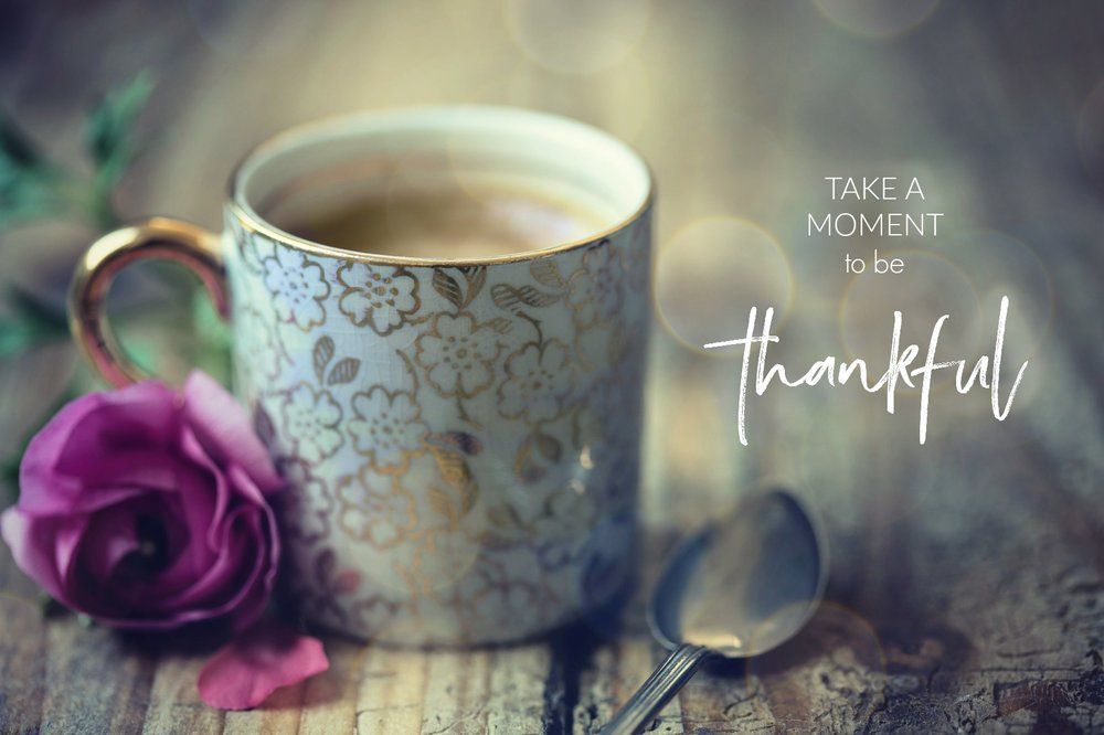 Take a Moment to be thankful. www.circleofdaydreams. Gratitude quote.