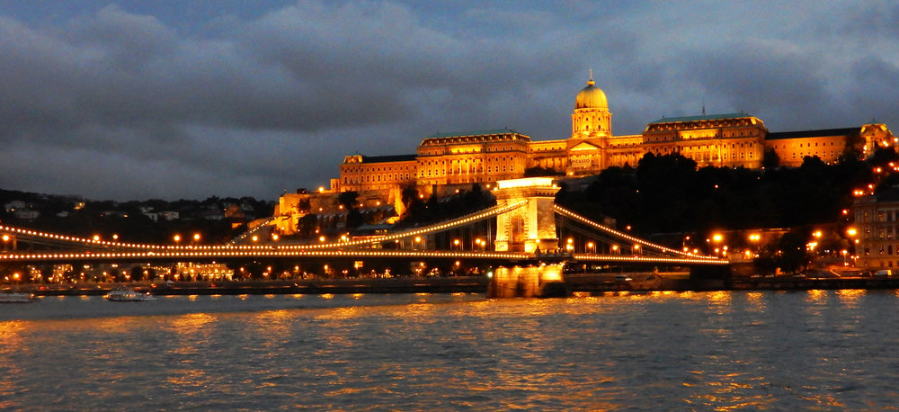 2_Budapest Chain Bridge & Palace_Mike Townley.jpg