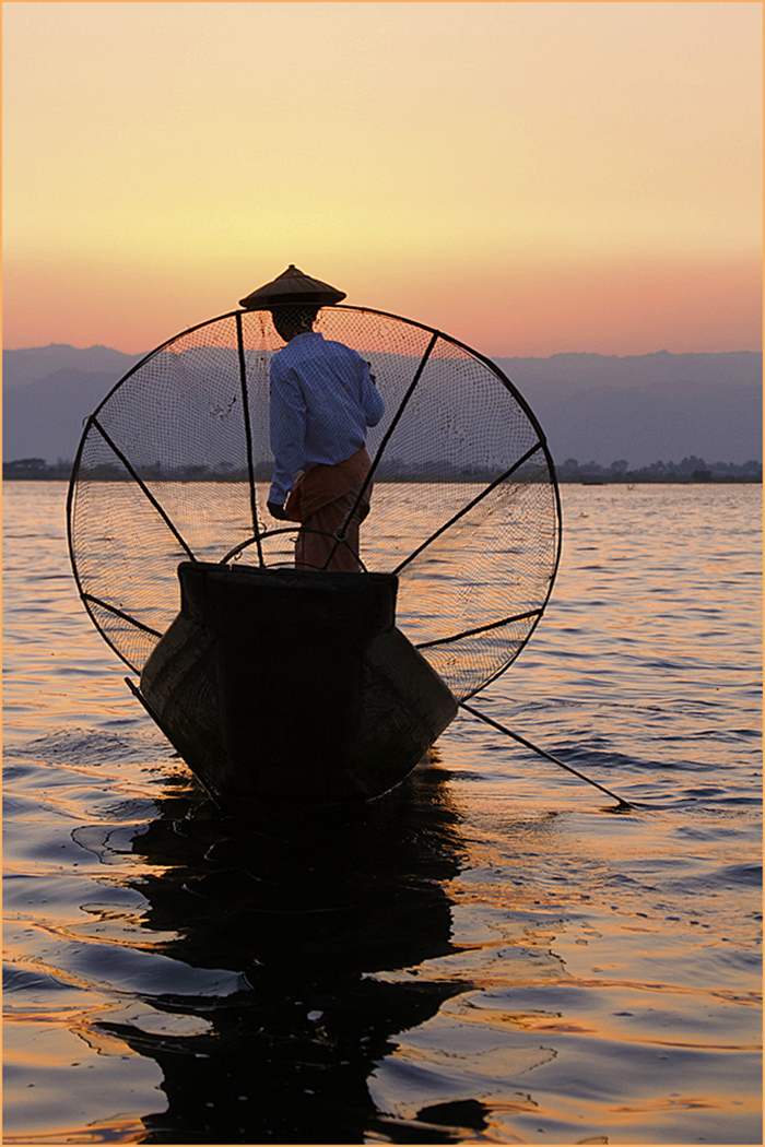 1_Lone fisherman Lake Inle_Barbara Turner.jpg
