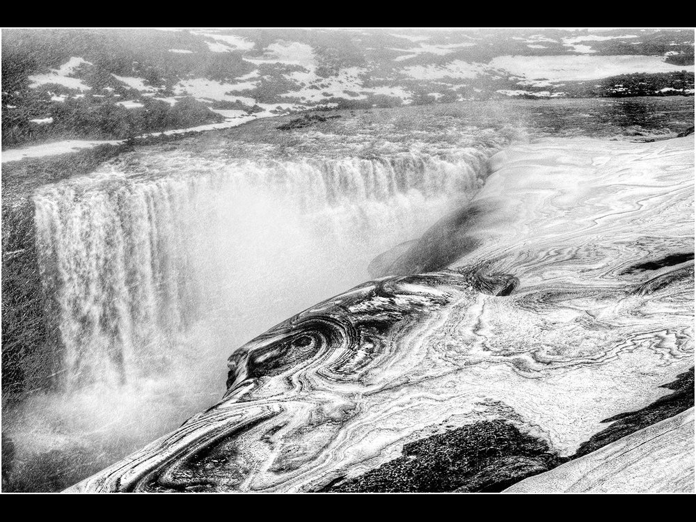 1_dettifoss in snow storm _trevor hunter.jpg