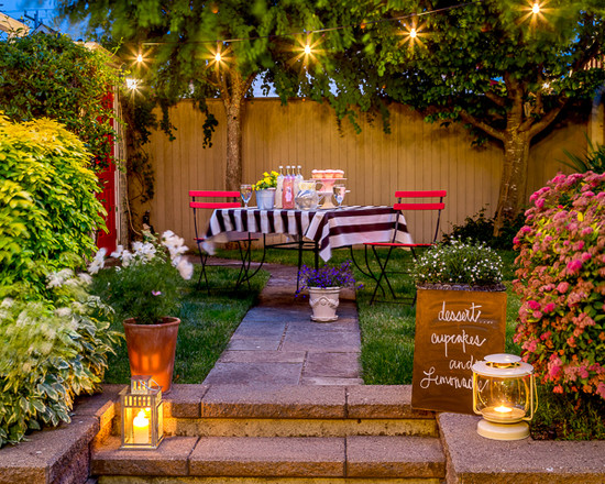 Backyard style. Romantic and fun.