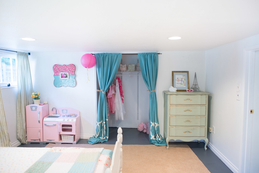 A girl's dream room.