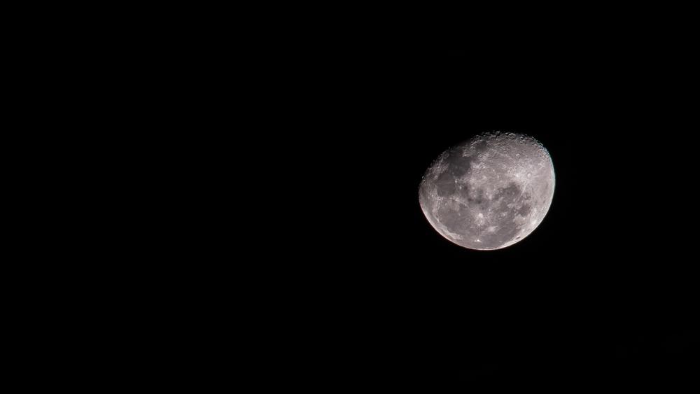 moon-5.jpg