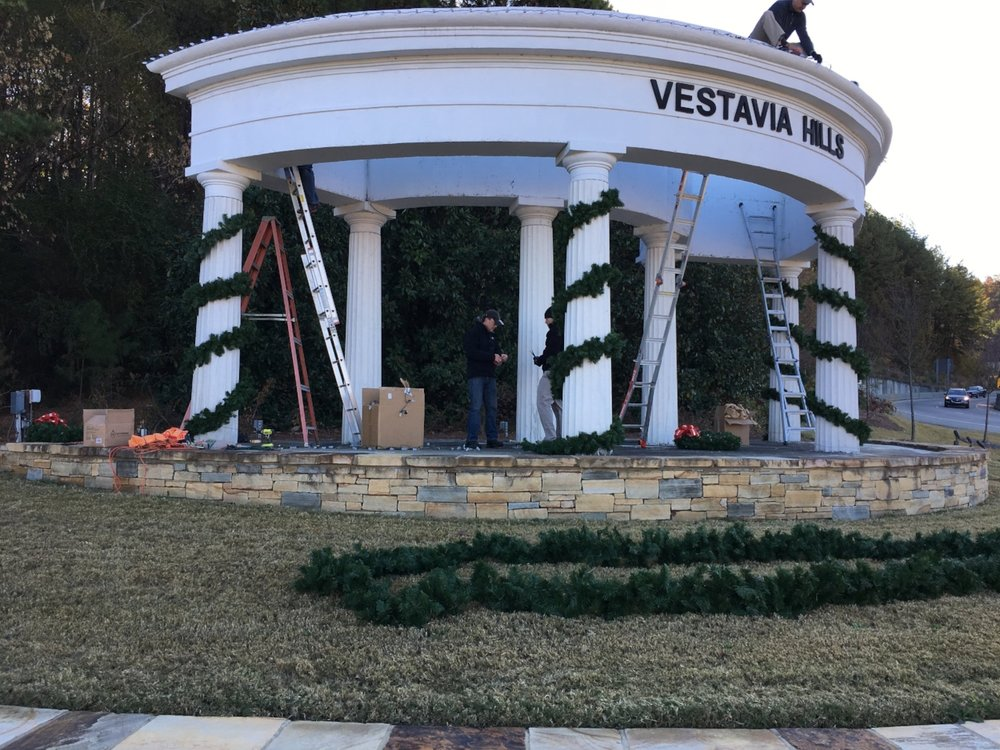 The first wintry blast of the season accompanied the installation of the lights and garland.  Thanks to the Rotarians who braved the ladders in the chilly breezes.