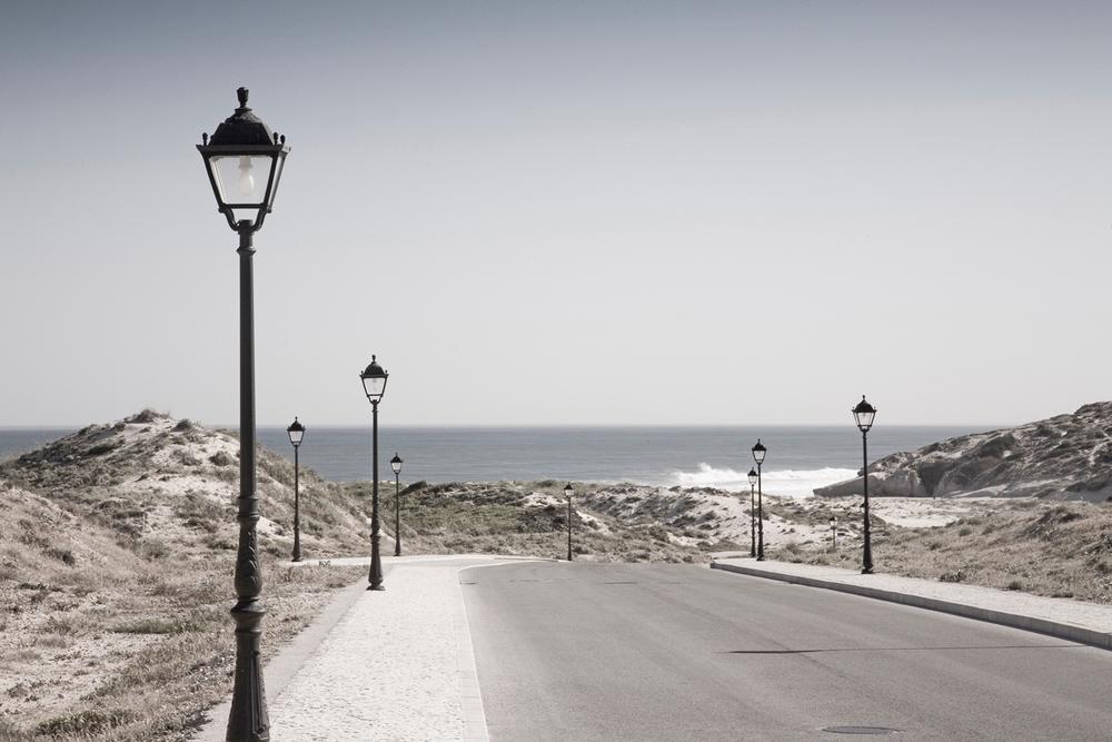 Praia-Del-Rey-Street-Lamps.jpg