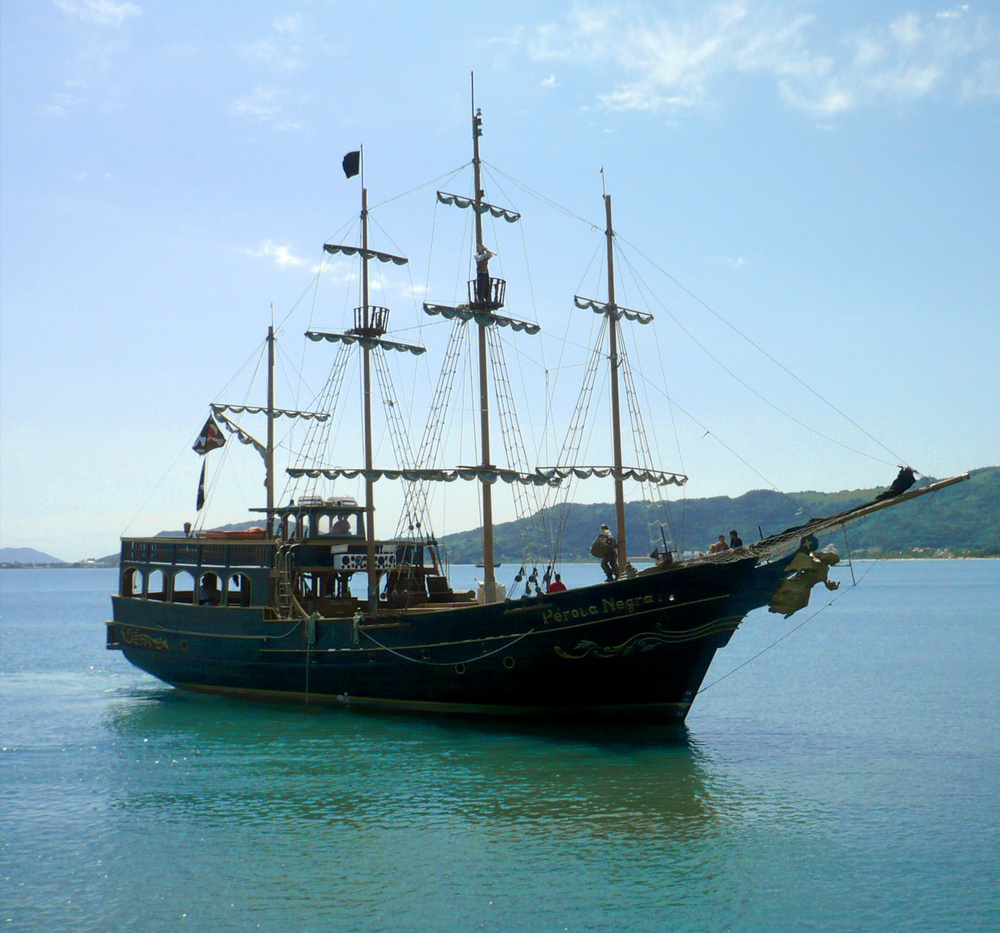 Volta para o Trapiche fazendo parada para banho de mar próximo à Ilha do Francês.