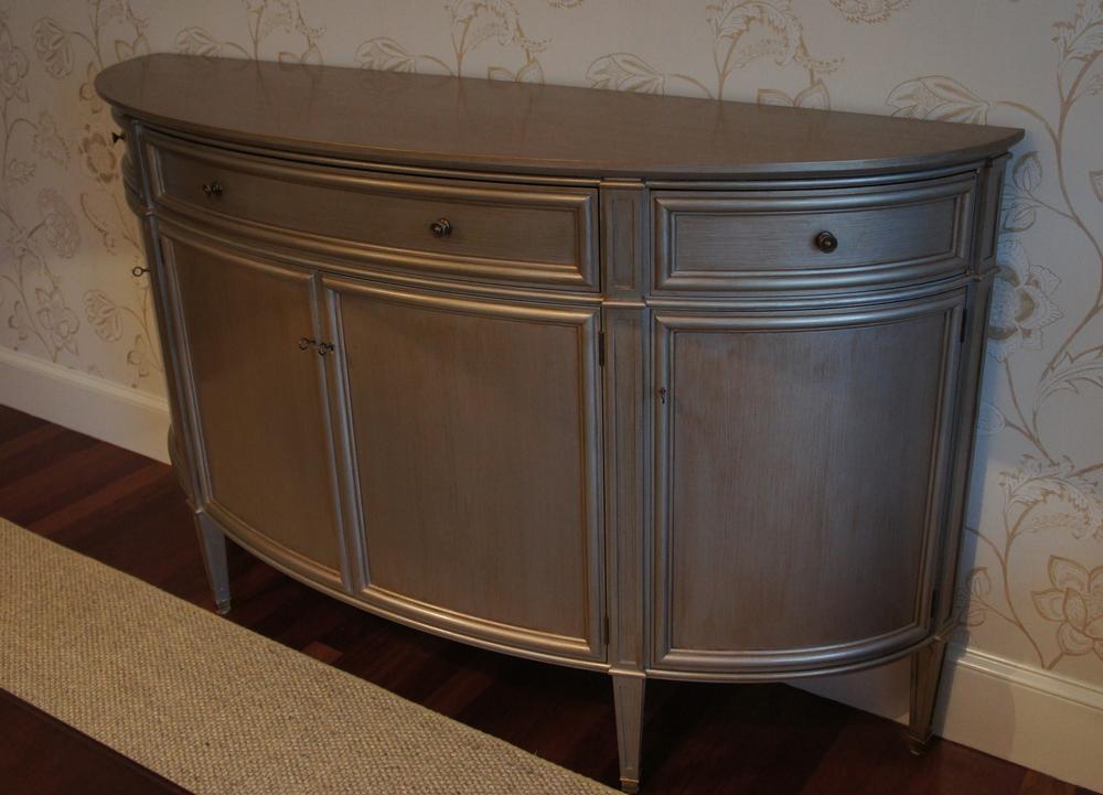 Calo Cabinet1.jpg