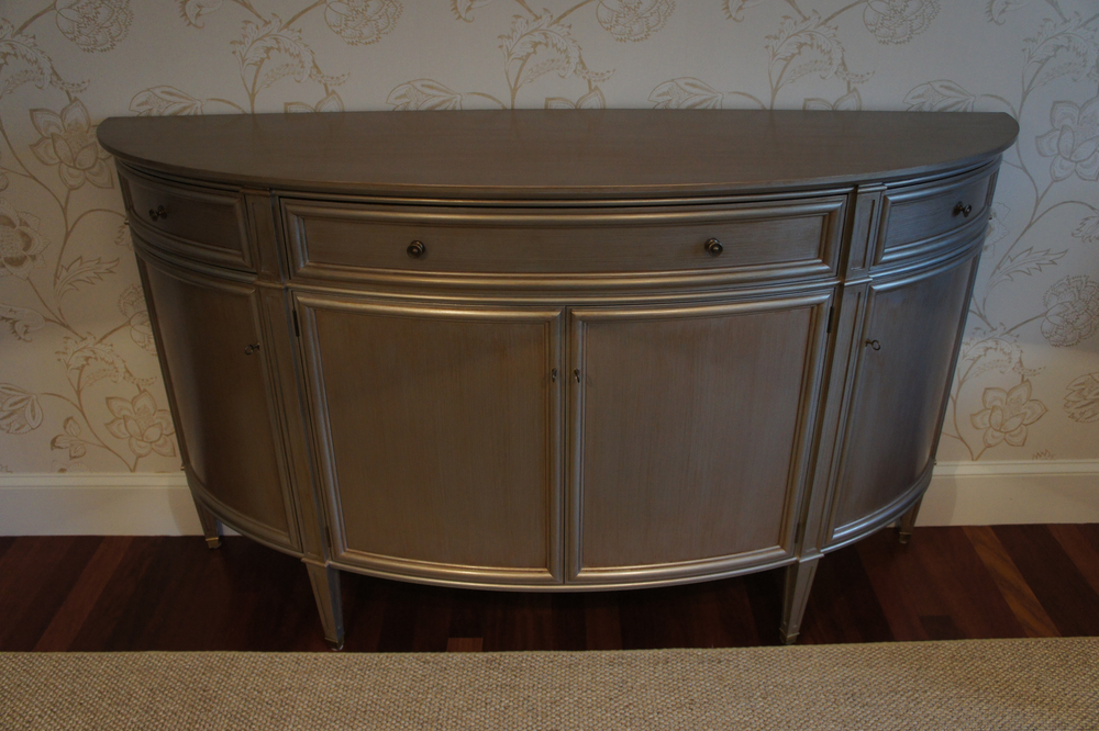 Calo Cabinet3.jpg