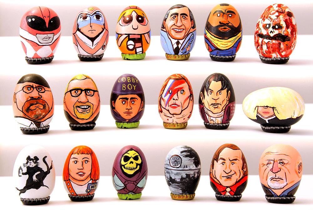 Charakterköpfe auf Eierschalen gezeichnet