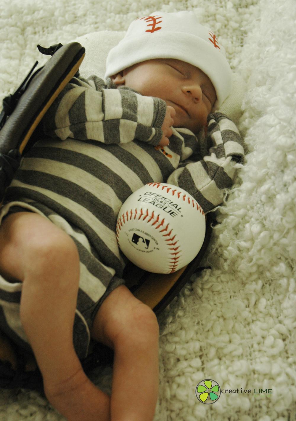 Baby Oliver-0269.jpg