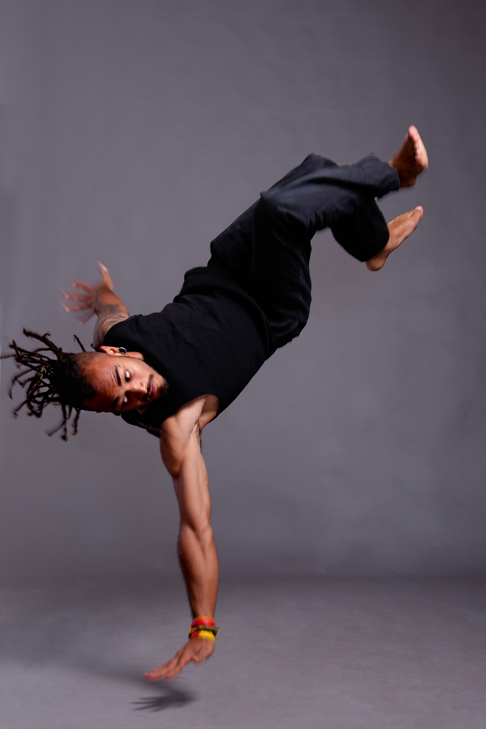 "4. Guest dancer to FLATFOOT, Preston ""Kayzo"" Kyd in Loots's ""Last Thoughts"" (Credit- Val Adamson).jpg"