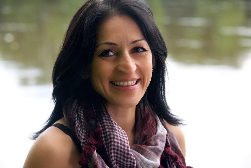 Susan Abulhawa.jpg