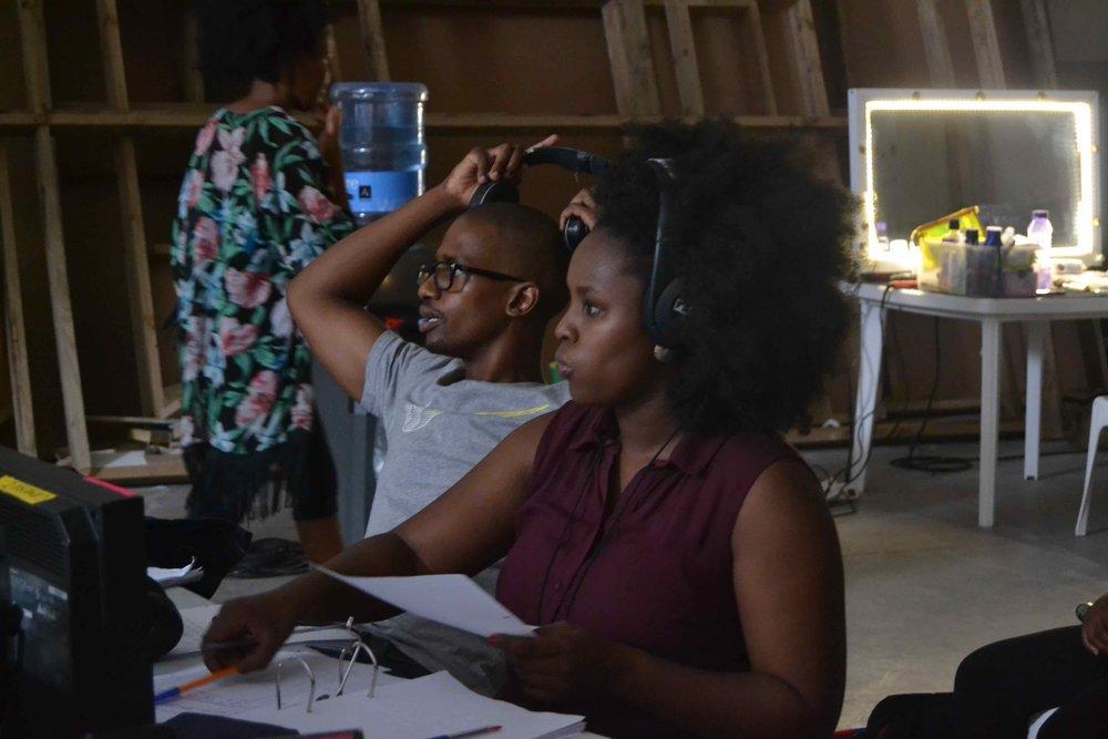 Director Menga Nhlabathi with continuity trainee Slindokuhle Msomi on the set of Uzalo DSC_6250.jpg