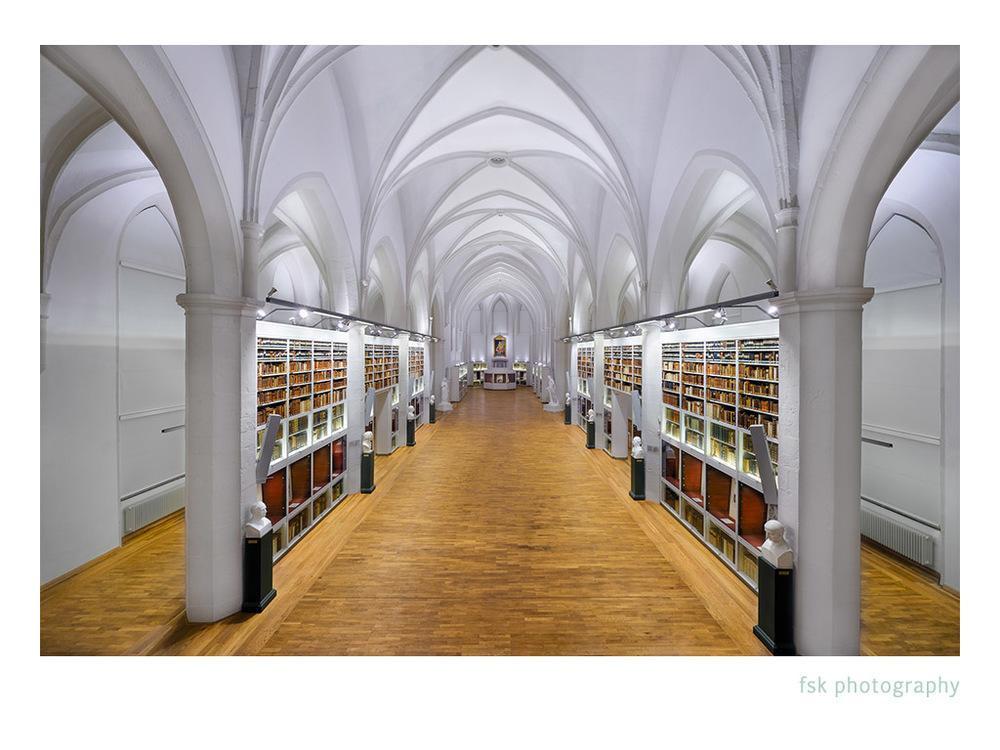 Paulienerkirche_Göttingen.jpg