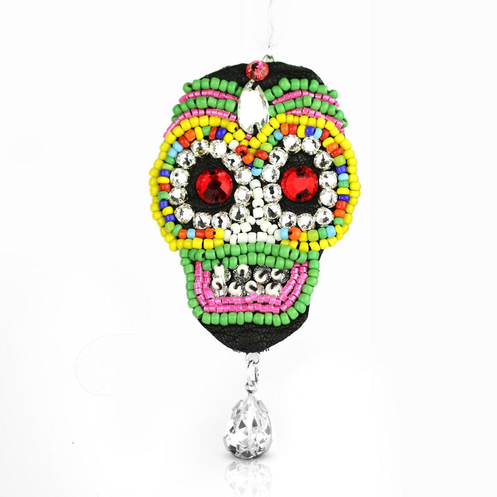 skull earrings2.jpg