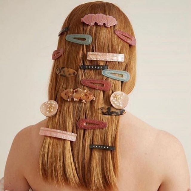 Time for a hair cut and currently crushing on all dem hair clips. @valetstudio @julychildjewellery