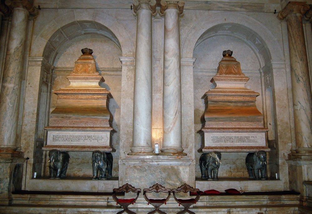 Túmulos do Rei D. Manuel e Rainha D. Maria.