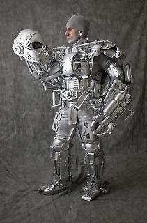9.Robot Man_Peter20_4229_copyright  RandyDuchaine