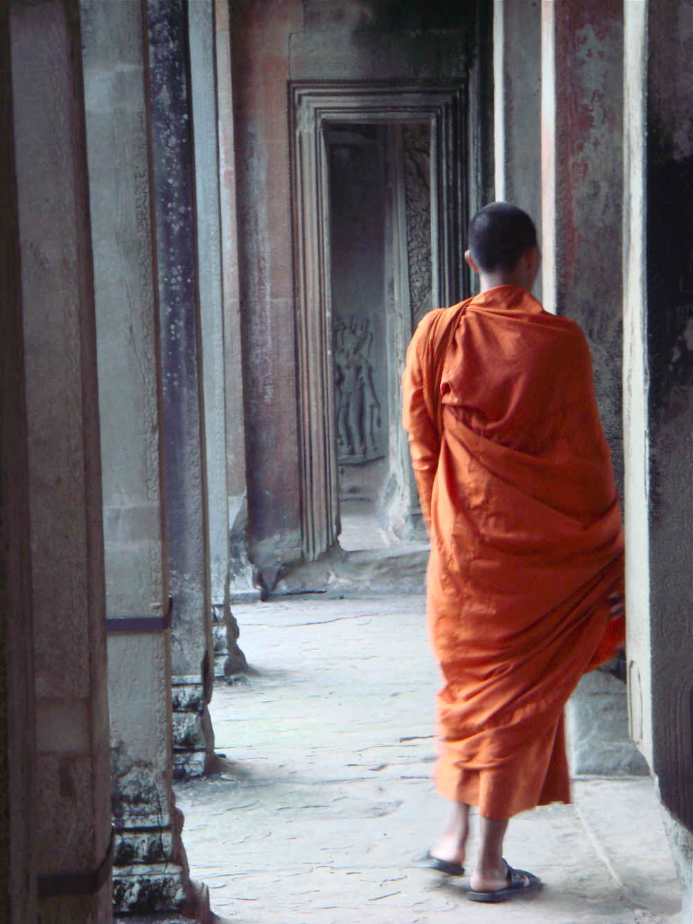 Saffron Robes    Angkor Wat, Siem Reap, CAMBODIA