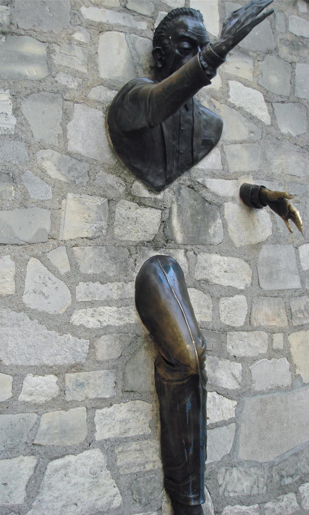 Dutilleul       Place Marcel Ayme, Paris