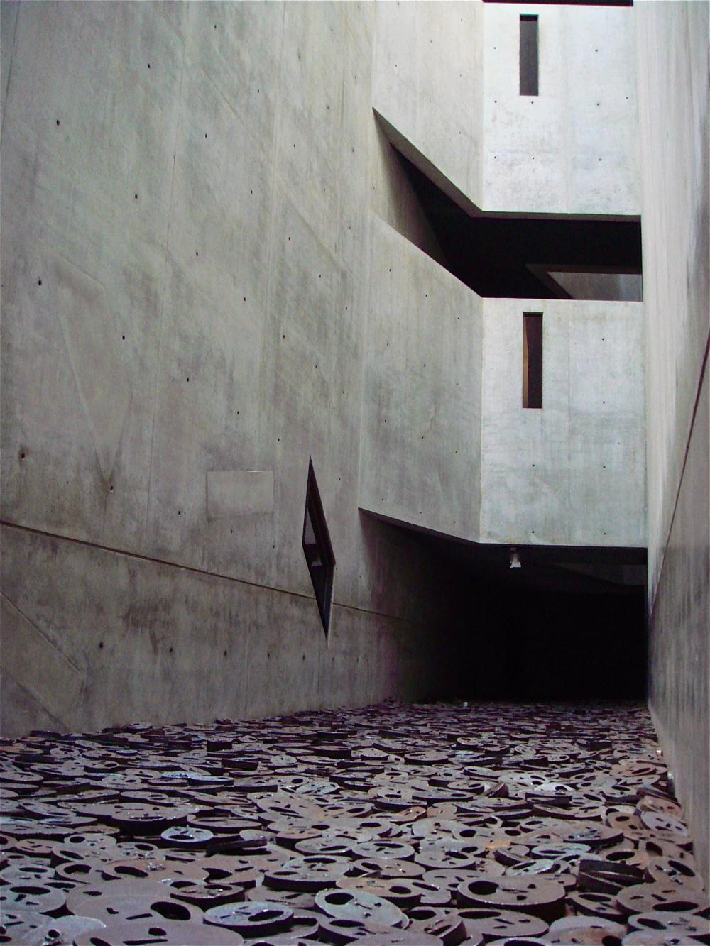Void       Daniel Libeskind — Jewish Museum, Berlin
