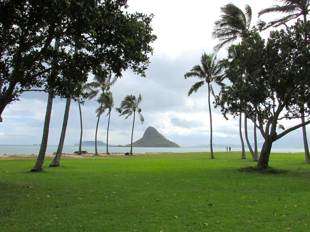 The small island of Mokoli'i (aka Chinaman's Hat) off the coast of Oahu