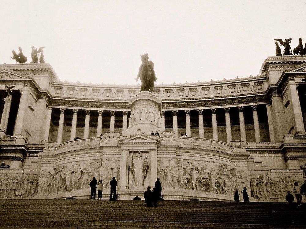 Victor Emmanuel II Monument Rome