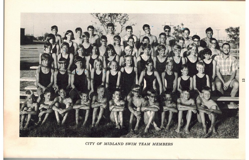 COM Team Picture 1967 001.jpg