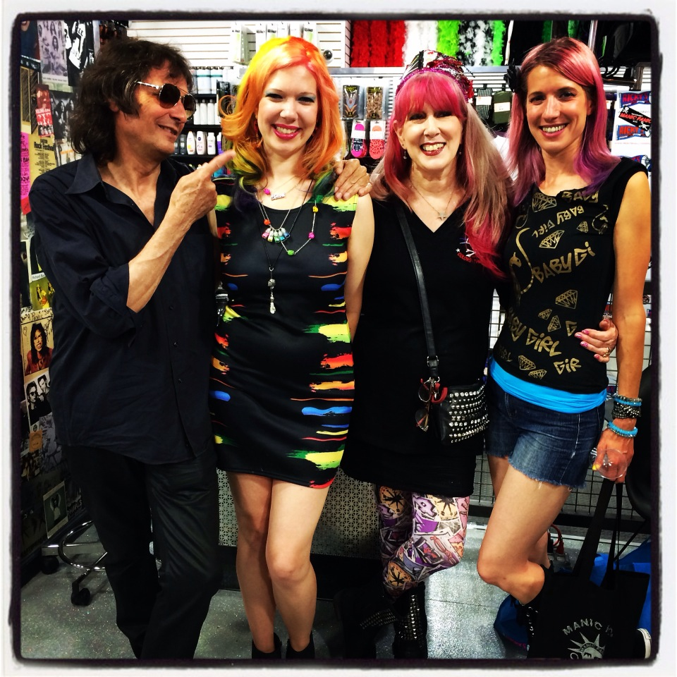Dennis, Chelsea, Cindy, & Renee Dunaway at Manic Panic Salon, Ricky's NYC.