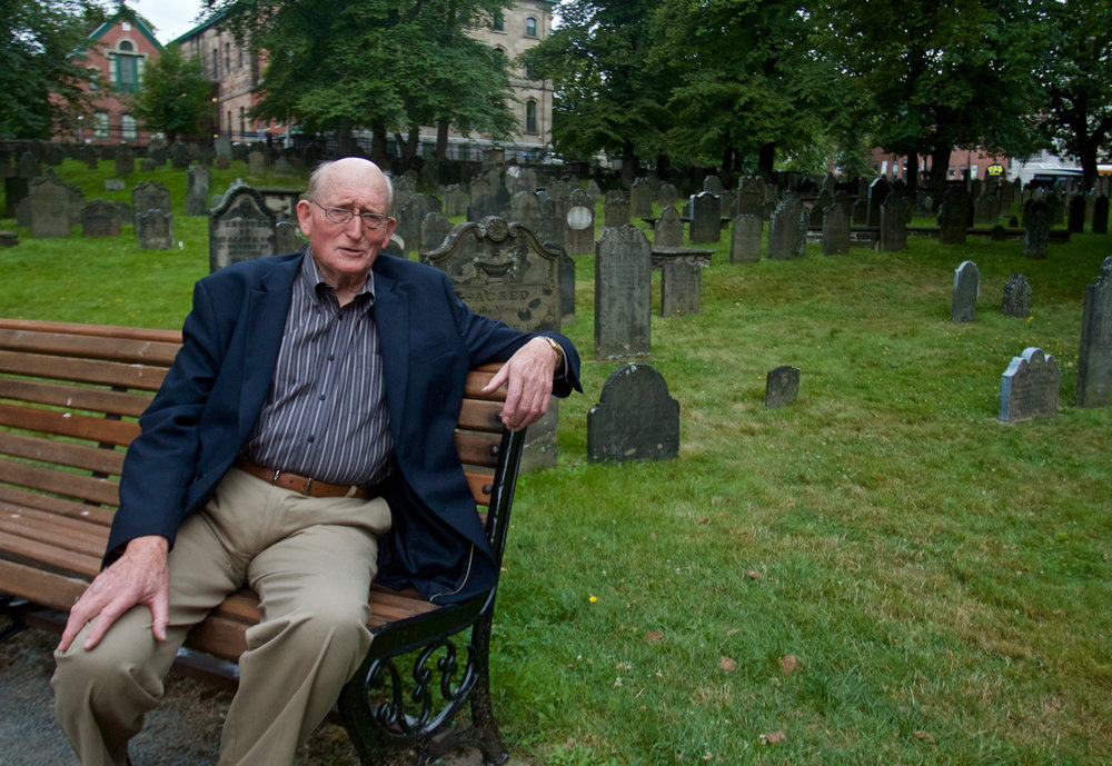 Bernard Smith, chairman of the Old Burying Ground foundation, tells the story of the oldest cemetery in Halifax. (JOHN McPHEE)