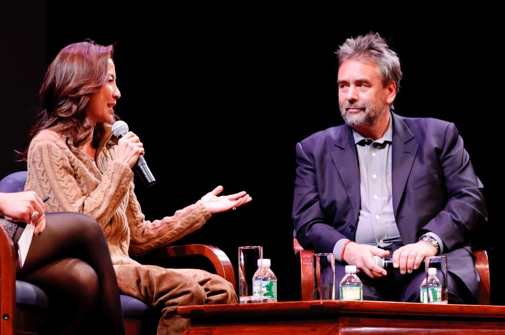 20111211_the_lady_screening_62.jpg