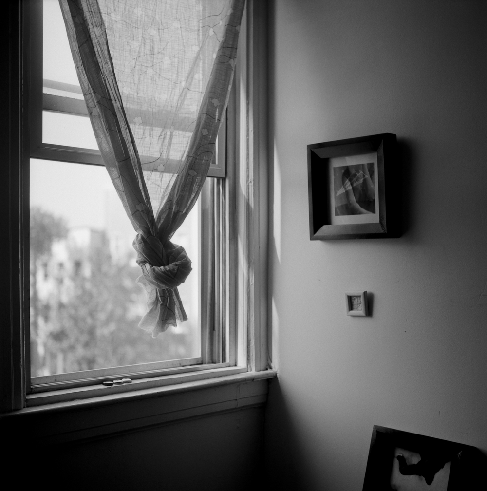 645-apt-window-02a.jpg