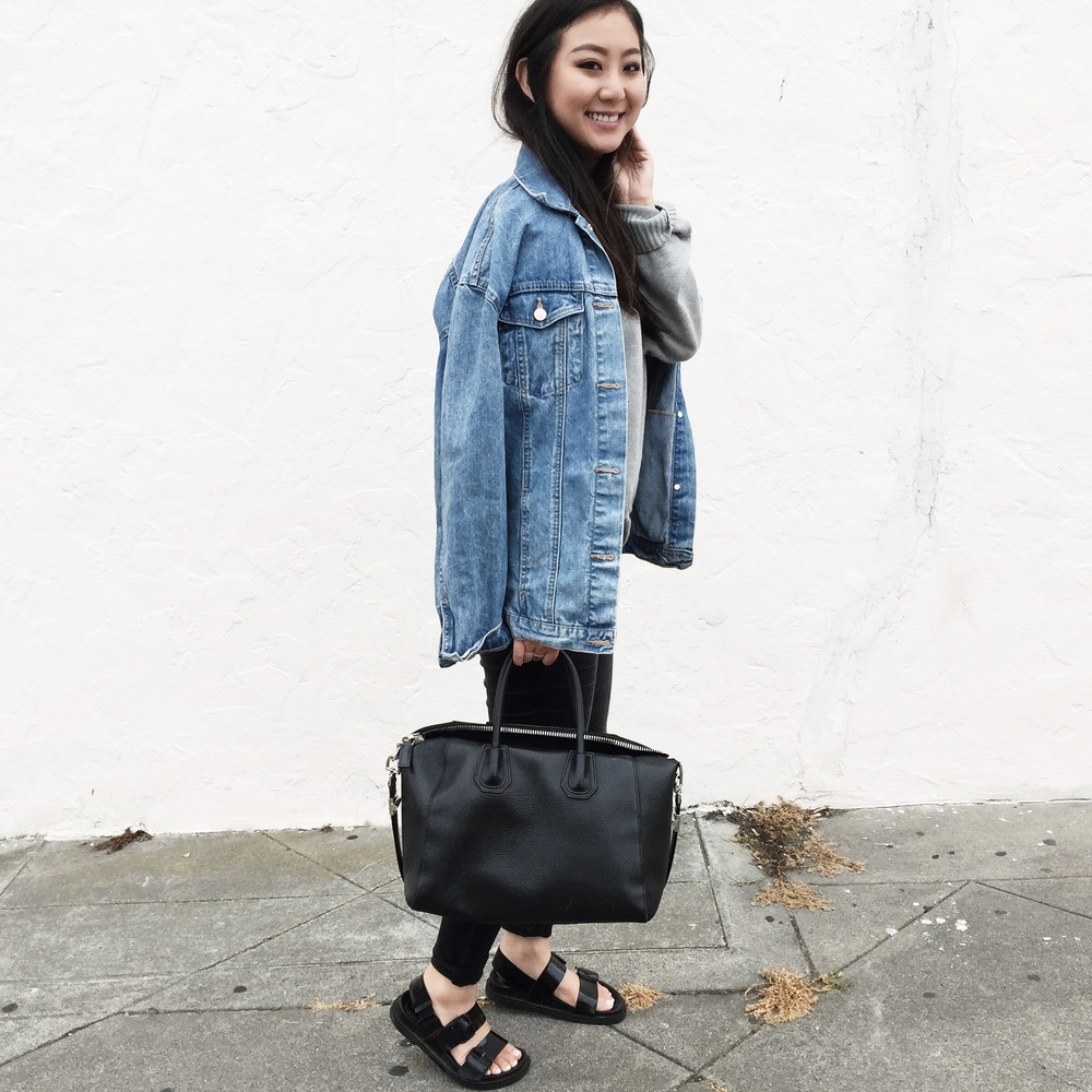 ZARA denim jacket / MUJI sweater / GAP jeggings / ZARA sandals / GIVENCHY Antigona bag