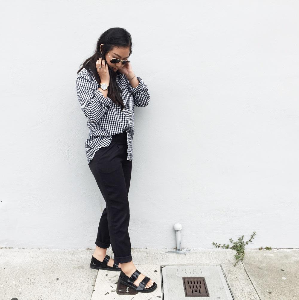 MUJI  men's shirt  / ZARA  dress pants  / ZARA  sandals
