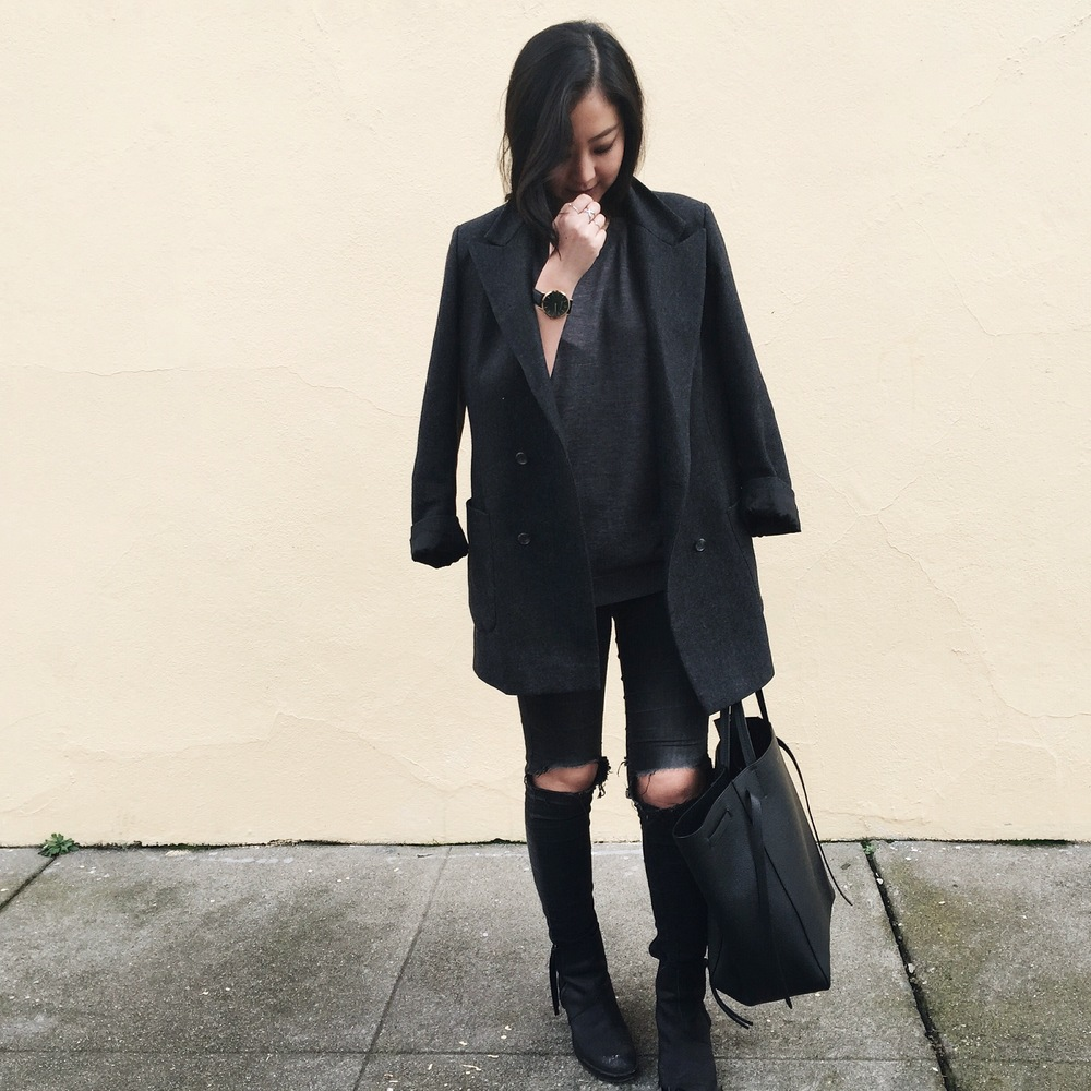 EVERLANE knit tank / custom-made boyfriend blazer / GAP jeggings / CELINE cabas Phantom tote /  ACNE STUDIOS ankle boots