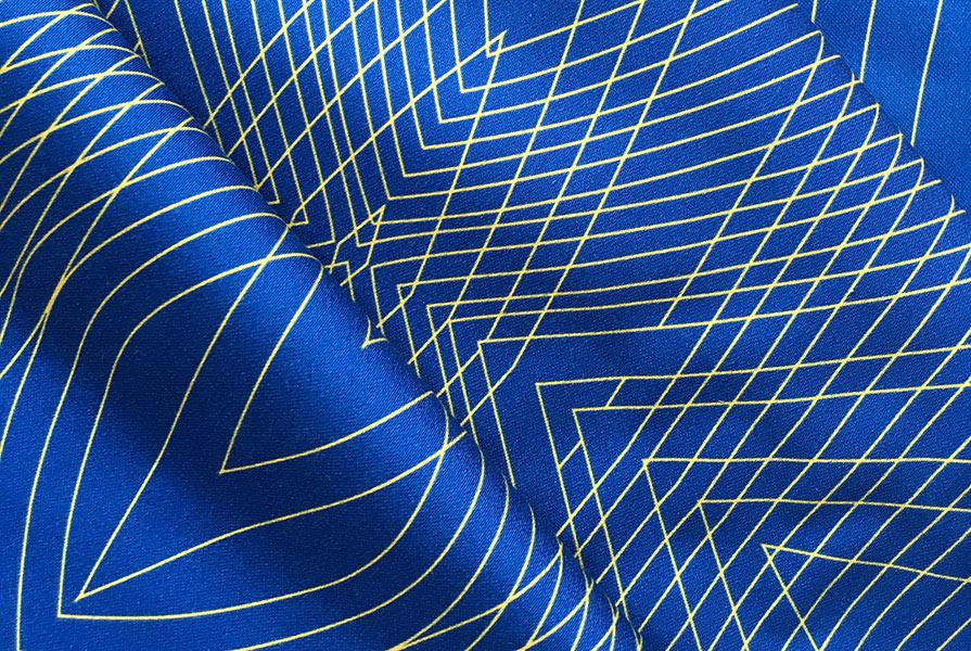 Bliss-Contour-blue-gold-Landscape-600.jpg