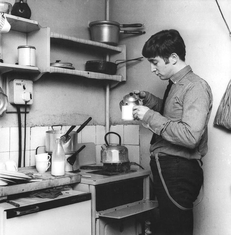Lennon pouring a cuppa.