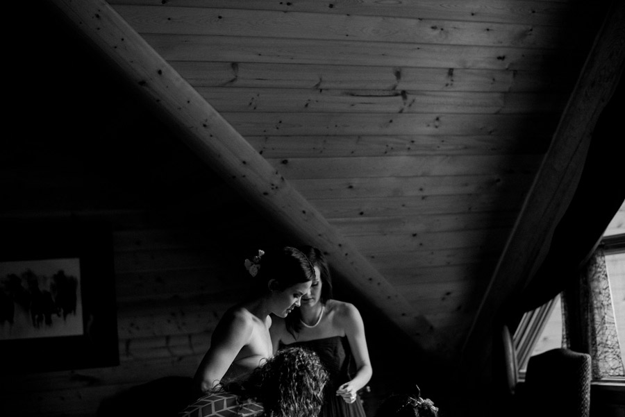 005-Calgary_Wedding_Photographers.jpg