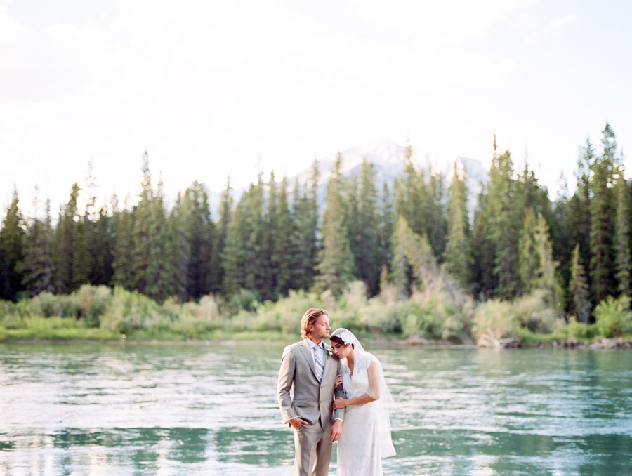 002-Canmore_Wedding_Photographers.jpg