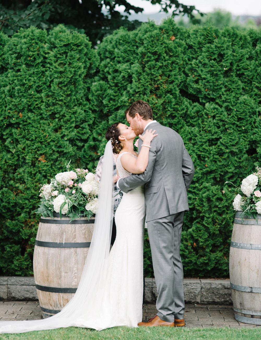 024-Okanagan_Wedding_Photographers.jpg